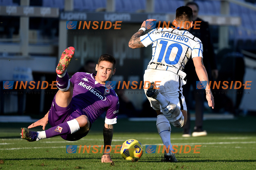 Lucas Martinez Quarta of ACF Fiorentinaand Lautaro Martinez of FC Internazionale compete for the ball during the Italy Cup round of 16 football match between ACF Fiorentina and FC Internazionale at Artemio Franchi stadium in Firenze (Italy), January 13th, 2021. Photo Andrea Staccioli / Insidefoto
