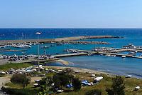 Hafen in Cefalu, Sizilien, Italien