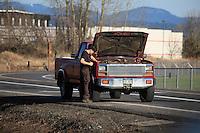 Engine trouble along road in Multnomah County Oregon