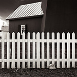 ANOTHER PICKET FENCE -- I just can't seem to resist a good white picket fence, especially when it is set off by a dark building like this one. #michaelknapstein #midwest #midwestmemoir #blackandwhite #B&W #monochrome #instblackandwhite #blackandwhiteart #flair_bw #blackandwhite_perfection #motherfstop #wisconsin #blackandwhiteisworththefight #bnw_captures #bwphotography #myfeatureshoot  #fineartphotography #americanmidwest #squaremag #lensculture