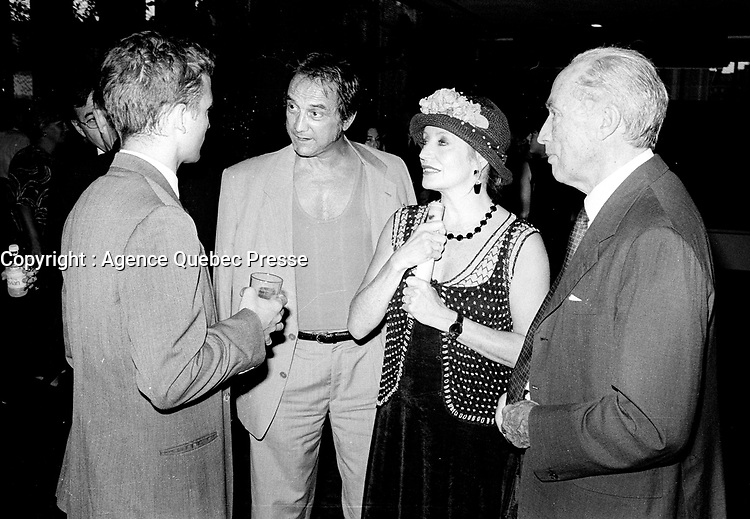 1998  file photo -<br /> <br />  - Pierre Trudeau and son Sacha talk with Claude dubois and wife Louise Marleau