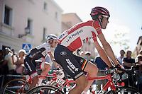 Maxime Monfort (BEL/Lotto-Soudal) to the start<br /> <br /> stage 21: Alcala de Henares - Madrid (98km)<br /> 2015 Vuelta à Espana