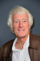 "LOS ANGELES, USA. December 19, 2019: Roger Deakins at the premiere of ""1917"" at the TCL Chinese Theatre.<br /> Picture: Paul Smith/Featureflash"
