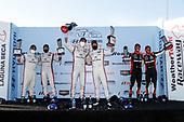 #7 Acura DPi, DPi: Helio Castroneves, Ricky Taylor, Juan Pablo Montoya, Dane Cameron, Pipo Derani, Felipe Nasr, Victory Circle