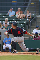 Third baseman Jon Hee of the Salem Red Sox hittingagainst  the Myrtle Beach Pelicans on May 3, 2009