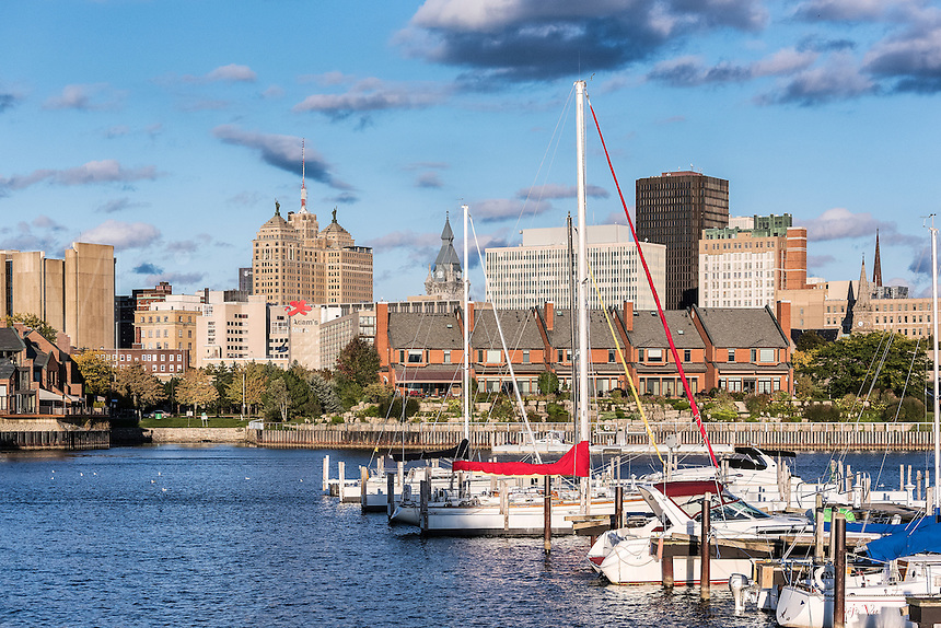 Basin Marina Park and city skyline, Buffalo, New York, USA.