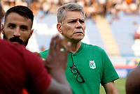 SANTA MARTA- COLOMBIA, 24-02-2019: Paulo Autuori de Mello director técnico del Atlético Nacional .Acción de juego entre los equipos Unión Magdalena y El Atlético Nacional  durante partido por fecha 6 de la Liga Águila I 2019 jugado en el estadio Sierra Nevada de la ciudad de Santa Marta. / Paulo Autuori de Mello coachof Atletic Nacional.Action game between Union Magdalena and Atletico Nacional teams during match for the date 6 as part of the  Aguila League  I 2019 played at the Sierra Nevada Stadium in Santa Marta  city. Photo: VizzorImage /Gustavo Pacheco / Contribuidor