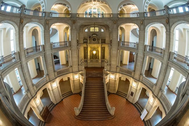 Treppenhaus des Berliner Kammergericht.<br /> 26.2.2020, Berlin<br /> Copyright: Christian-Ditsch.de