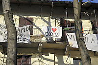 - Milan, banners of solidarity with Cox 18 social center in Conchetta street<br /> <br /> - Milano, striscioni di solidarietà con il centro sociale Cox 18 in via Conchetta