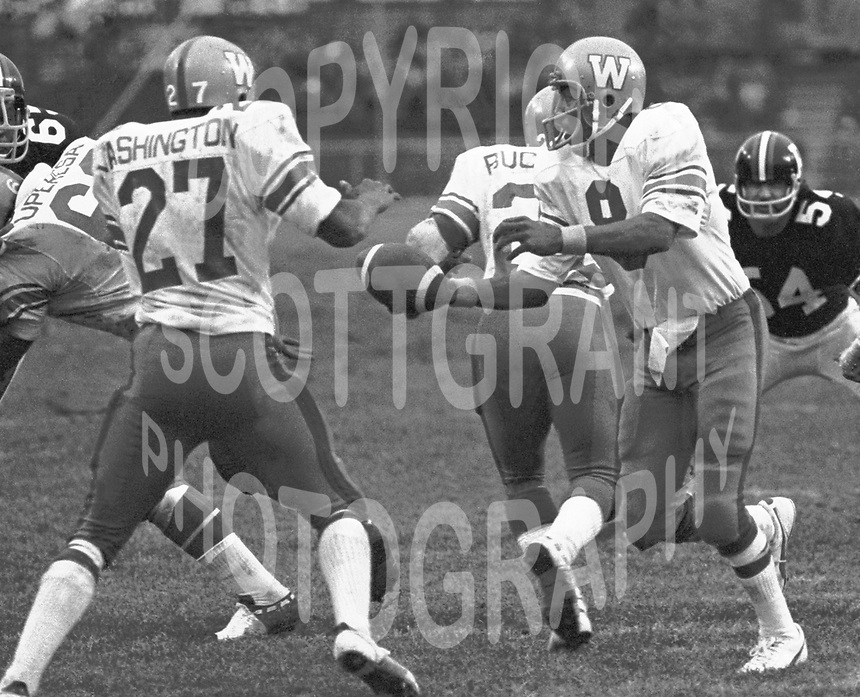 Chuck Ealey Winnipeg Blue Bombers quarterback 1974.Photo Scott Grant