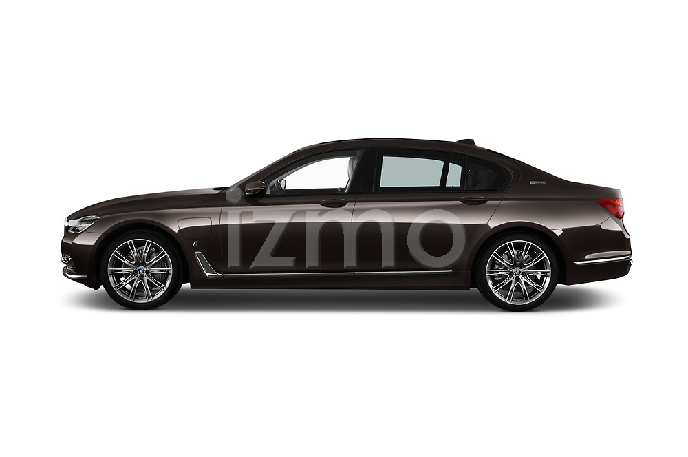 Car Driver side profile view of a 2018 BMW 7-Series-Plug-In-Hybrid 740Le-iPerformance 4 Door Sedan Side View