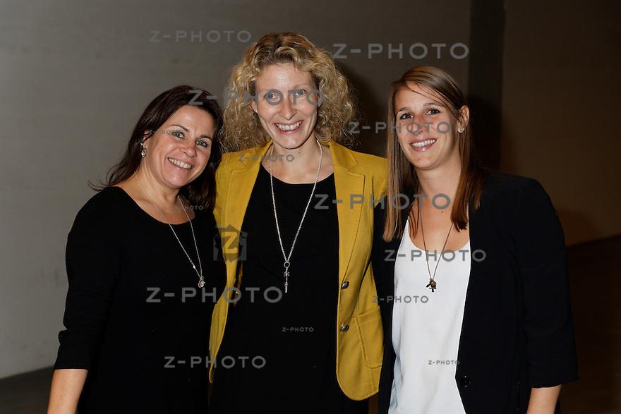 v.l.n.r. Brigitta Elbischger, Iris Isenschmid, Simona Streiff<br /> am 29. Oktober 2015 in der Umwelt Arena Spreitenbach - Smart Energy Party 2015<br /> <br /> Copyright © Zvonimir Pisonic