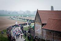 chasing group<br /> <br /> 117th Paris-Roubaix (1.UWT)<br /> 1 Day Race: Compiègne-Roubaix (257km)<br /> <br /> ©kramon
