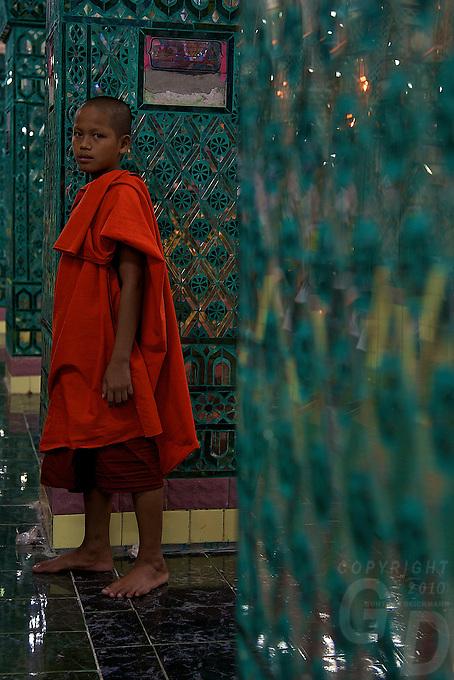 Mandalay Hill celebrating Buddhist Festival of Light, Mandalay, Myanmar