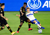 LOS ANGELES, CA - SEPTEMBER 02: Joe Cifuentes #11 of LAFC and Tommy Thompson #22 of the San Jose Earthquakes battle during a game between San Jose Earthquakes and Los Angeles FC at Banc of California stadium on September 02, 2020 in Los Angeles, California.
