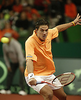 12-2-06, Netherlands, tennis, Amsterdam, Daviscup.Netherlands Russia, Jesse Huta Galung in action against Igor Andreev
