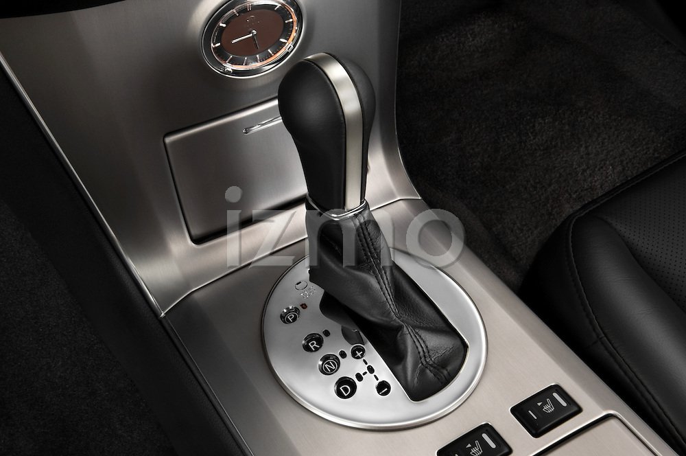 Gear shift detail of a 2008 Infiniti FX35 SUV