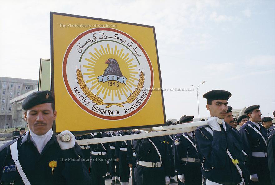 Irak 2000.Journée de la police à Erbil.    Iraq 2000.Police's day in Erbil