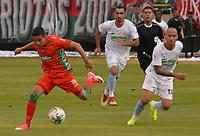 TUNJA- COLOMBIA, 10-03-2019:Diego Gomez (Izq.) jugador de  Patriotas Boyacá disputa el balón contra Juan Pablo Zuluaga (Der.) jugador de Jaguares de Córdoba  durante partido por la fecha 9 de la Liga Águila I  2019 jugado en el estadio La Independencia de la ciudad de Tunja. /Diego Gomez (L) player of Patriotas Boyaca fights the ball  against of Kelvin Osorio (R) player of Jaguares of Cordoba  during the match for the date 9 of the Liga Aguila I 2019 played at the La Independencia stadium in Tunja city. Photo: VizzorImage / José Miguel Palencia / Contribuidor