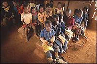 Mozambico, ptovincia di Nampula. Scuola primaria