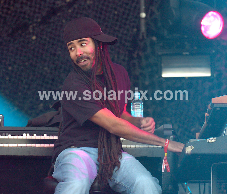 **ALL ROUND PICTURES FROM SOLARPIX.COM**.**WORLDWIDE SYNDICATION RIGHTS**.Artists perform at day 2 of the Download festival, Donnington Park, Nottinghamshire, UK. Saturday 14th June 2008..This pic: Incubus. .JOB REF: 6653 SGD     DATE: 14_06_2008.**MUST CREDIT SOLARPIX.COM OR DOUBLE FEE WILL BE CHARGED* *UNDER NO CIRCUMSTANCES IS THIS IMAGE TO BE REPRODUCED FOR ANY ONLINE EDITION WITHOUT PRIOR PERMISSION*