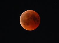 27.07.2018: Mondfinsternis und Blutmond über Büttelborn