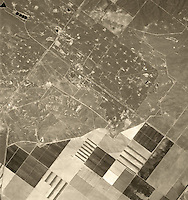 historical aerial photograph Coalinga Oil Field, 1975