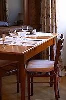 restaurant table wistub du sommelier bergheim alsace france