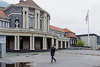 Universitäts-Hauptgebäude, Edmund-Siemres-Allee 1,  Hamburg, Deutschland