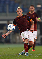 Calcio, Champions League, Gruppo E: Roma vs Bayer Leverkusen. Roma, stadio Olimpico, 4 novembre 2015.<br /> Roma's Radja Nainggolan kicks the ball during a Champions League, Group E football match between Roma and Bayer Leverkusen, at Rome's Olympic stadium, 4 November 2015.<br /> UPDATE IMAGES PRESS/Riccardo De Luca
