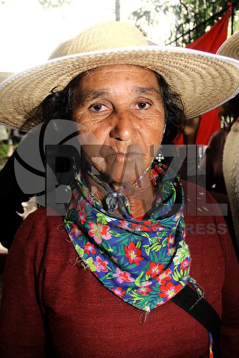 SÃO PAULO, SP 04 DE MARÇO DE 2011 – OCUPAÇÃO NO PRÉDIO DO INCRA – Manifestantes ligados à Via Campesina e ao MST ocupam a sede do Incra INCRA no bairro de Sta Cecília. A maior parte do grupo é formada por mulheres. (FOTO: DANIELA SOUZA / NEWS FREE)