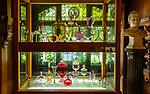 Deutschland, Bayern, Niederbayern, Naturpark Bayerischer Wald, Zwiesel, die Glasstadt: Ausstellung im Glasmuseum der Traditionsglashuette Theresienthal im Schloss Theresienthal | Germany, Bavaria, Lower-Bavaria, Nature Park Bavarian Forest, Zwiesel, named the Glass Town: exhibition at the Theresienthal Glass Museum