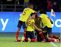 BARRANQUILLA – COLOMBIA, 09-09-2021: Miguel Angel Borja de Colombia (COL) celebra el gol anotado a Chile (CHI), durante partido entre los seleccionados de Colombia (COL) y Chile (CHI), de la fecha 9 por la clasificatoria a la Copa Mundo FIFA Catar 2022, jugado en el estadio Metropolitano Roberto Melendez en Barranquilla. / Miguel Angel Borja of Colombia (COL) celebrates the scored goal to Chile (CHI), during match between the teams of Colombia (COL) and Chile (CHI), of the 9th date for the FIFA World Cup Qatar 2022 Qualifier, played at Metropolitan stadium Roberto Melendez in Barranquilla. / Photo: VizzorImage / Jairo Cassiani / Cont.
