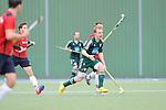 MANNHEIM, DEUTSCHLAND, OKTOBER 20: Sonntagsspiel am 7. Spielwochenende in der Feldhockey 1. Bundesliga der Herren in der Saison 2013/2014. Begegnung zwischen dem Mannheimer HC (rot) und Uhlenhorst Mühlheim (grün) am 20. Oktober, 2013 in Mannheim, Deutschland. Endstand 4-1 (1:1). (Photo by Dirk Markgraf/www.265-images.com)<br /> *** Local caption *** #17 Jan Christopher Rühr vom HTC Uhlenhorst Mühlheim