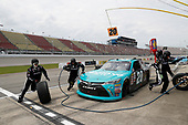NASCAR XFINITY Series<br /> Irish Hills 250<br /> Michigan International Speedway, Brooklyn, MI USA<br /> Saturday 17 June 2017<br /> Denny Hamlin, Hisense Toyota Camry pit stop<br /> World Copyright: Michael L. Levitt<br /> LAT Images