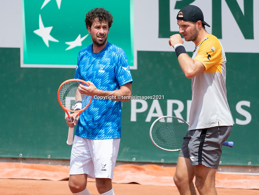 Paris, France, 1 june 2021, Tennis, French Open, Roland Garros, First round doubles match: Robin  Haase (NED) (L)and  Jan-Lennard Struff (GER)<br /> Photo: tennisimages.com