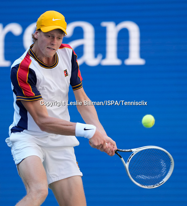 September  6, 2021:   Jannik Sinner (ITA) loses to Alexander Zverev (GER), 6-4, 6-4, 7-6 at the US Open being played at Billy Jean King Ntional Tennis Center in Flushing, Queens, New York, {USA} ©Jo BecktoldTennisclix/CSM
