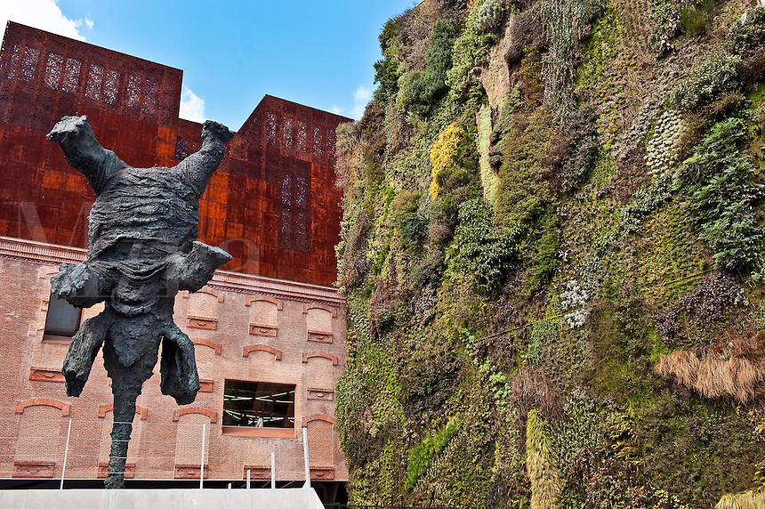 Gran elefante erguido by Miquel Barcelo at the CaixaForum cultural center, Madrid, Spain, 2009