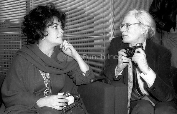 Liz Taylor Andy Warhol<br /> Photo By Adam Scull/PHOTOlink/MediaPunch