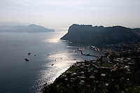 Italien, Capri, Blick auf Marina Grande von Anacapri