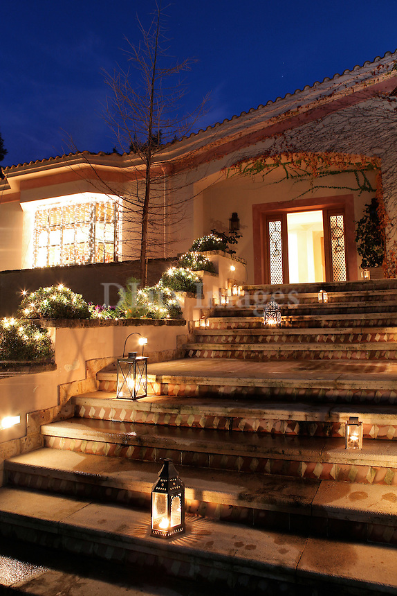 This two storey 750 sq. m. house is located in the northern suburbs of Athens in Kefalari.