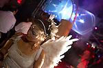Europa, DEU, Deutschland, Nordrhein Westfalen, NRW, Rheinland, Niederrhein, Ruhrgebiet, Duisburg, Landschaftspark Duisburg, Traumzeit Festival 2010, VJ-, DJ- und Kuenstler-Kollektiv Beatplantation, Festival am Hochofen im Landschaftspark Duisburg-Nord?, Kategorien und Themen, Feste, Veranstaltung, Veranstaltungen, Events, Event, Festivitaeten, Feier, Feiern, Menschen, Personen, Leute, Menschenfotografie, People, Menschenfotos....[Fuer die Nutzung gelten die jeweils gueltigen Allgemeinen Liefer-und Geschaeftsbedingungen. Nutzung nur gegen Verwendungsmeldung und Nachweis. Download der AGB unter http://www.image-box.com oder werden auf Anfrage zugesendet. Freigabe ist vorher erforderlich. Jede Nutzung des Fotos ist honorarpflichtig gemaess derzeit gueltiger MFM Liste - Kontakt, Uwe Schmid-Fotografie, Duisburg, Tel. (+49).2065.677997, ..archiv@image-box.com, www.image-box.com]
