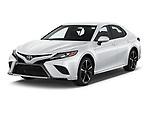2018 Toyota Camry XSE 4 Door Sedan angular front stock photos of front three quarter view