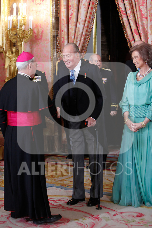 Queen Sofia of Spain and King Juan Carlos of Spain attends the reception of the diplomatic corps in Spain at Palacio Real. January 23, 2013. (ALTERPHOTOS/Caro Marin)