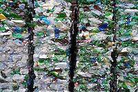 - CO.RE.PLA , Consorzio Nazionale per la Raccolta, il Riciclaggio e il Recupero dei Rifiuti di Imballaggi in Plastica; nasce con il Decreto Ronchi (d.lgs 152/06) e acquisisce l'ex Consorzio Replastic, che aveva avviato la valorizzazione dei contenitori per liquidi in plastica; impianto di Novate Milanese per il trattamento di bottiglie e contenitori di plastica<br /> <br /> - CO.RE.PLA , National Consortium for the collection, recycling and recovery of waste plastic packaging; was created with the Ronchi Decree (Legislative Decree 152/06) and acquires the former Replastic Consortium, which had initiated the enhancement of plastic containers for liquids; plant of Novate Milanese  for the treatment of plastic bottles and cans.