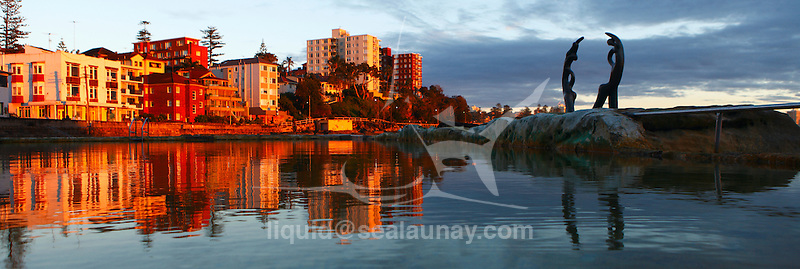 Fairy Bower sea water swimming Pool, Sunrise at Manly Beach.