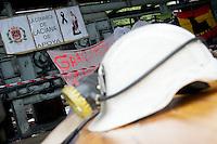 Bergarbeiterstreik in Spanien.<br />In dem Dorf Santa Cruz del Sil der Provinz Leon haben 8 Bergarbeiter am 21. Mai 2012  beschlossen, sich so lange in der Mine einzuschliessen, bis alle Mineros ihren vollen Lohn von der Firmenleitung erhalten. Die Firmenleitung hatte ihnen im Mai 2012 nur die Haelfte des Lohns ausgezahlt. Seit dem wird die Mine bestreikt.<br />3.7.2012, Santa Cruz del Sil/Asturien/Spanien<br />Copyright: Christian-Ditsch.de<br />[Inhaltsveraendernde Manipulation des Fotos nur nach ausdruecklicher Genehmigung des Fotografen. Vereinbarungen ueber Abtretung von Persoenlichkeitsrechten/Model Release der abgebildeten Person/Personen liegen nicht vor. NO MODEL RELEASE! Don't publish without copyright Christian-Ditsch.de, Veroeffentlichung nur mit Fotografennennung, sowie gegen Honorar, MwSt. und Beleg. Konto:, I N G - D i B a, IBAN DE58500105175400192269, BIC INGDDEFFXXX, Kontakt: post@christian-ditsch.de.<br />Urhebervermerk wird gemaess Paragraph 13 UHG verlangt.]