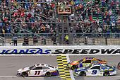#11: Denny Hamlin, Joe Gibbs Racing, Toyota Camry FedEx Office final restart