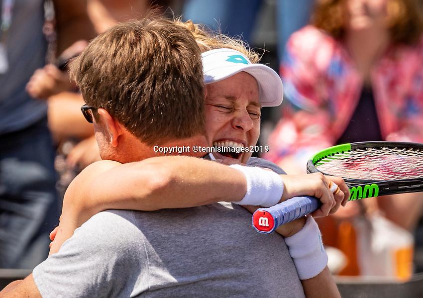Rosmalen, Netherlands, 16 June, 2019, Tennis, Libema Open, Winner Alison Riske (USA) celebrates with her coach<br /> Photo: Henk Koster/tennisimages.com