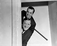 Les Jerolas - Jean Lapointe et Jerome Lemay<br />  Entre 3 et le 9 octobre 1966<br /> <br /> Photographe : Photo Moderne<br /> - Agence Quebec Presse